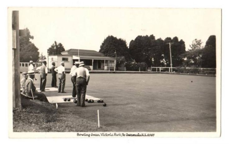 Real Photograph by A B Hurst & Son of Bowling Green Te Awamutu. - 45800 - Postcard - Postcards Hurst - Postcards By Photographer - EASTAMPS