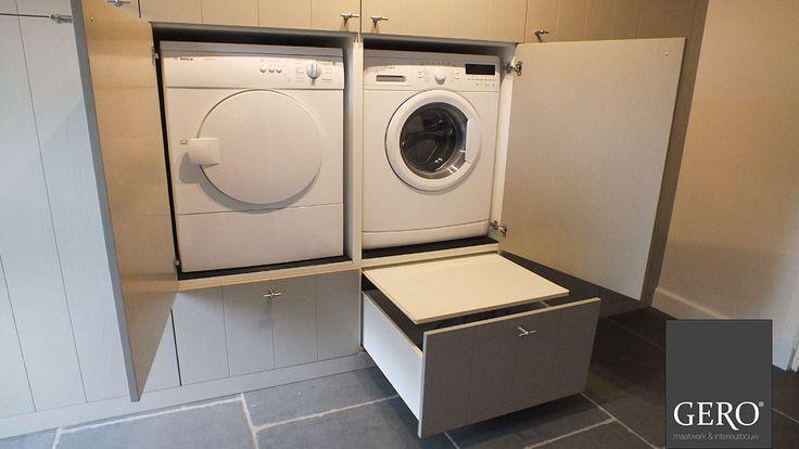 GERO Maatwerk & Interieurbouw Door het wasmachine en de droger hoger te zetten en er een schuifla onder te maken waar je de wasmand op kan zetten, hoef je niet meer zo te bukken. www.gero-interieurs.nl