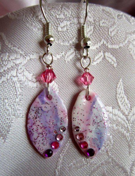 Orecchini in pasta di mais, cristallo rosa di Piccoli Capricci di Mara su DaWanda.com