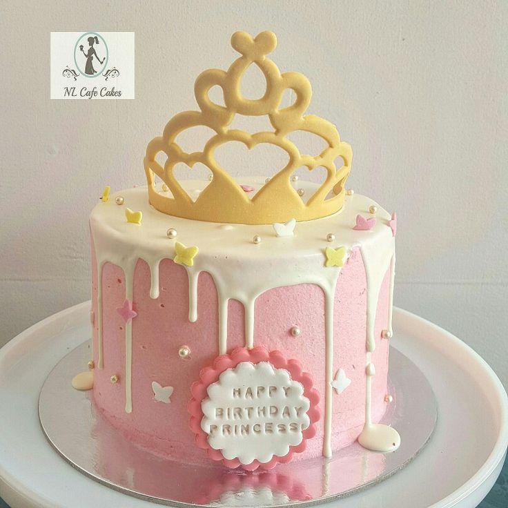 Simple princess dripping cake