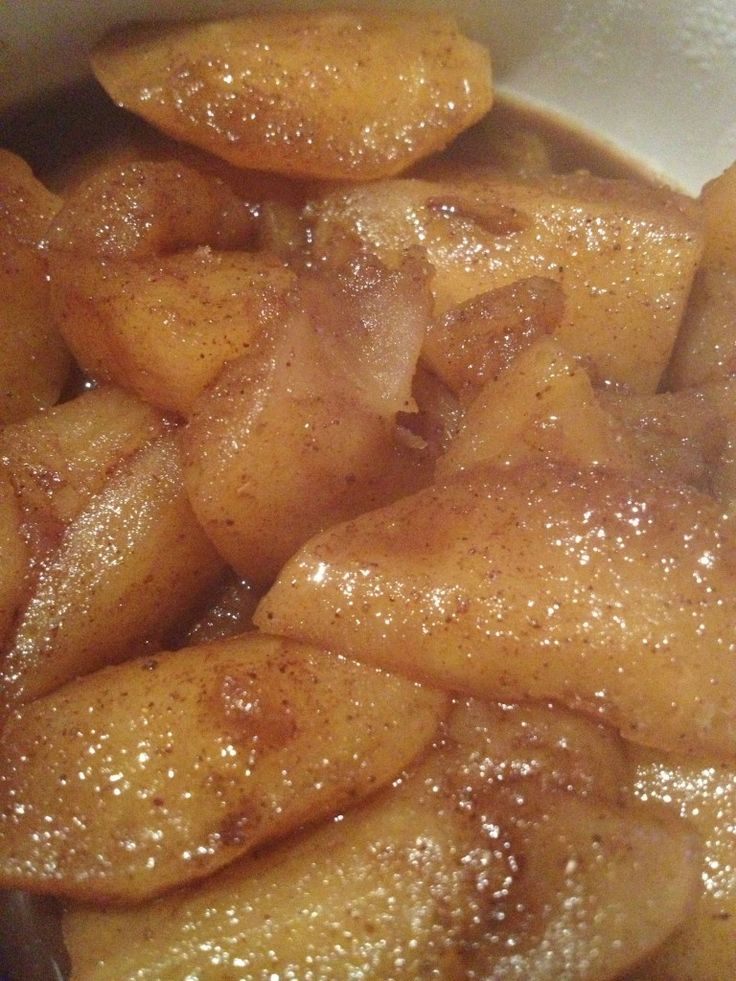 Stewed apples (use this in custard) - Apples (approx 5-7) 2 tsp ground cinnamon 2-3 squeezes of honey (or tbs if you prefer measuring it!) 2 tbs brown sugar 1 cup boiling water