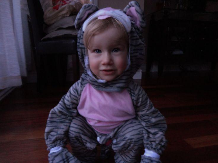 Ma petite Julianne d'amour lors de son 1e Halloween 2011