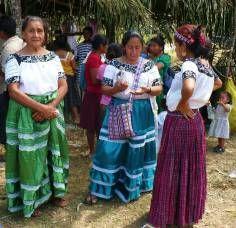 Trajes tipicos de Maya Mopán en San Luis, Petén - Foto pot Así es Petén l Sólo lo mejor de Guatemala