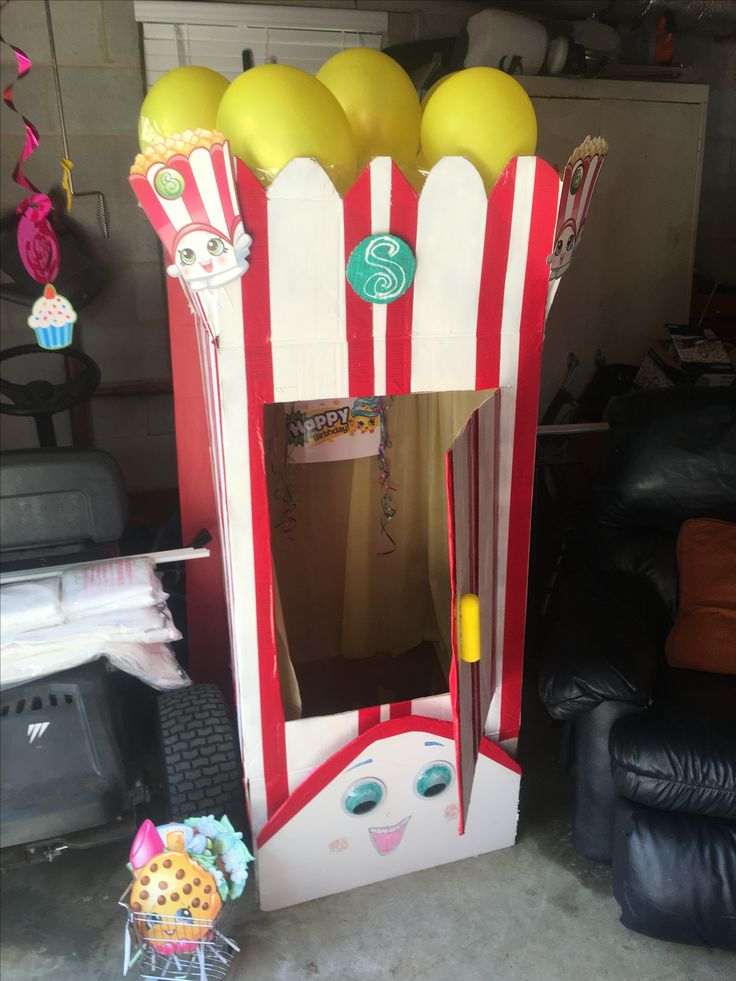 Shopkins Poppy Corn photo booth made out of wardrobe moving box
