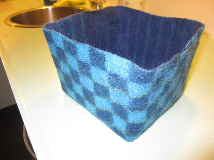Checkered felted basket made by Marjo Lelie