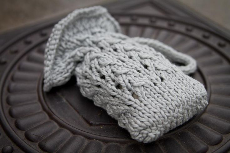 7 hand knit hostess gifts.