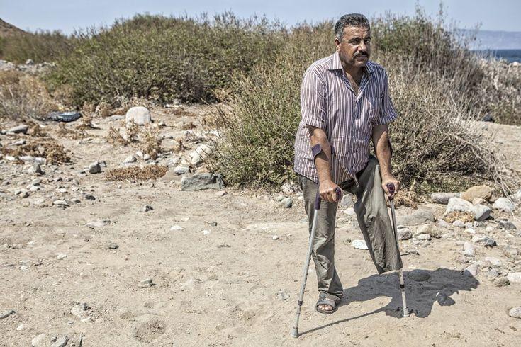 Halid, de 48 años, de Daraa (Siria), perdió una pierna tras el impacto de una bomba que destruyó su casa. Según Acnur, cada minuto que pasa, 24 personas en el mundo tienen que abandonar su casa huyendo de la guerra o de la persecución.