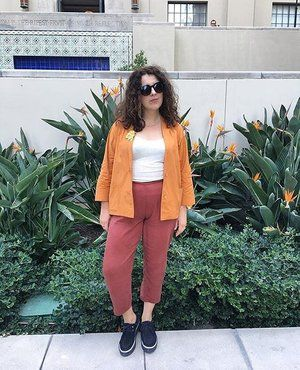 Now this is how you color block🔸🔺◽️ . Peggy Pants in Copper paired with vintage orange jacket from @royalpalmvintage . via @victoirelovesya #ethicallymade #slowfashion #tencel #colorblock