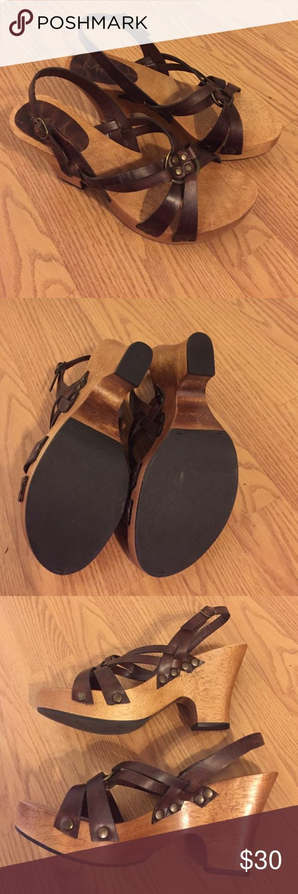 Mia Strappy Heeled Clog Sandal Brown Leather Lovely shoes with leather upper and wood soles. Brass details in new without tags or box! Not one scratch mark on the bottom and no dirt! In perfect condition. A half size too small for me and I'm 9-9.5. Mia Shoes Mules & Clogs