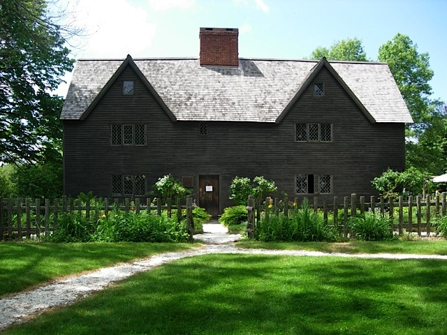 my ancestry research has lead me to Ipswich, MA. Matthew Whipple is my 9th great grandfather from my McCracken ancestors. One of the earliest settlers in Massachusetts.