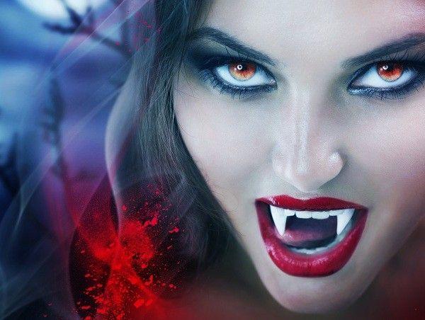 vampire_girls_red_eyes_people_hd-wallpaper-1718418