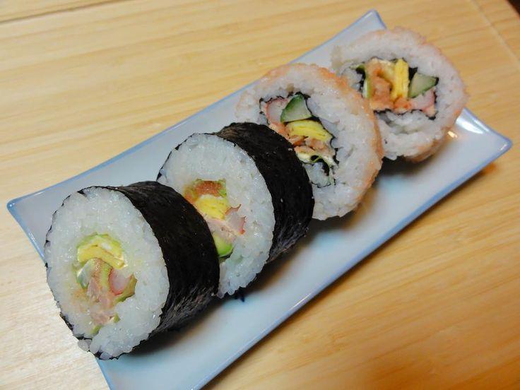 Resep Sushi Asli Jepang - http://www.masakan-kita.com/resep-masakan-jepang/resep-sushi-asli-jepang/?Resep+Masakan+Nusantara