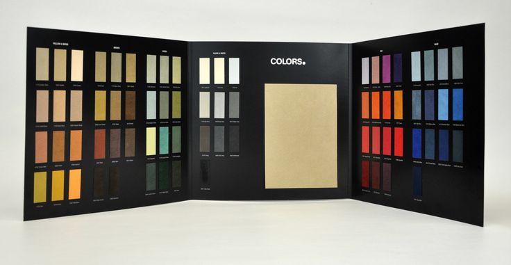 Cartella colori sfondo nero. Gammatura colori campionari tessili. Campionari tessili per arredamento. Tessuti in alcantara