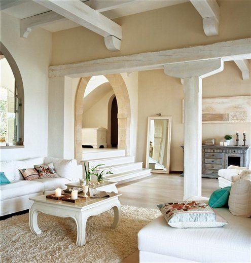 Majorque clart l gance poutres blanches et haut for Poutre decorative plafond