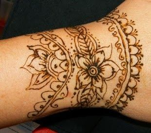 31 best brown red henna tattoos images on pinterest for Red henna tattoo