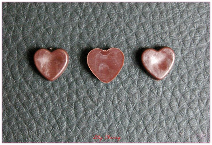 Petit bonbon en chocolat marron miniature pour créations gourmandes fimo kawaii x1 : Pâtes polymères et accessoires par lilycherry