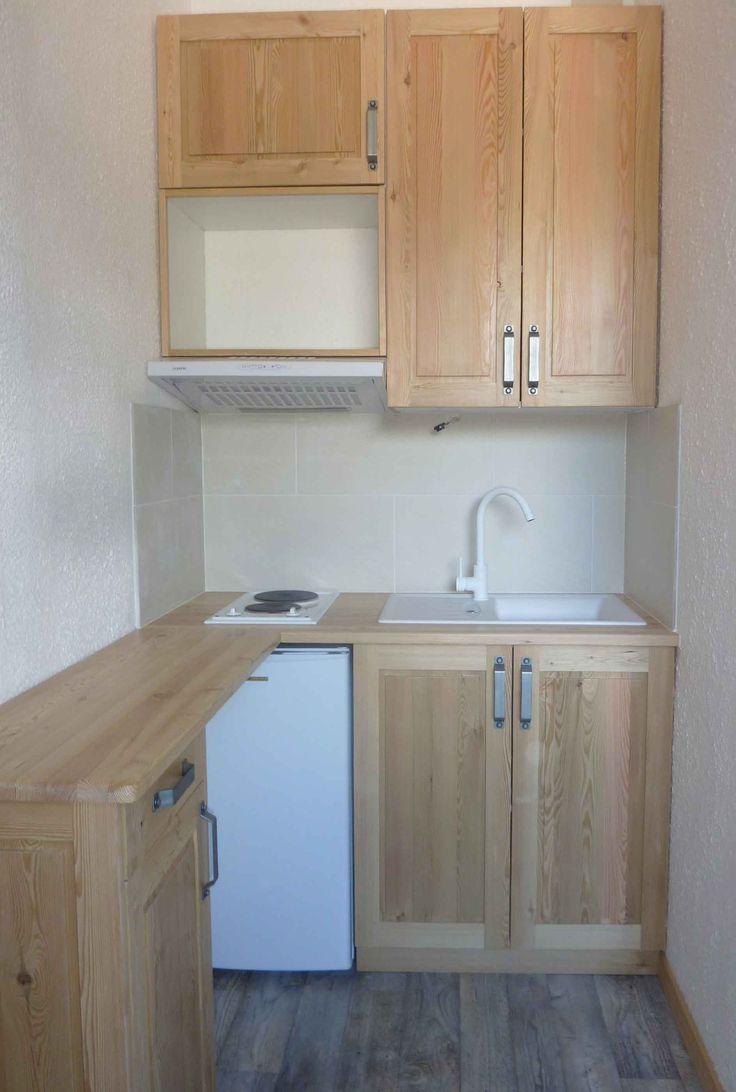 Cuisine en mélèze pour un petit espace.   Alles   Studio kitchen ...