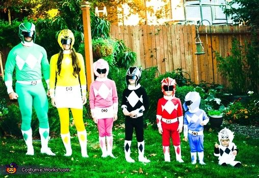 DIY Power Ranger Costumes for the Whole Family! - 2014 Halloween Costume Contest via @costume_works