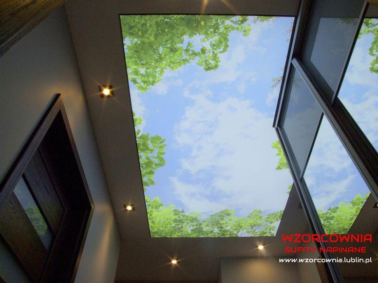 Nadruk na suficie napinanym transparentnym:) Piękne niebo każdego ranka pozytywnie nastraja na cały dzień:)