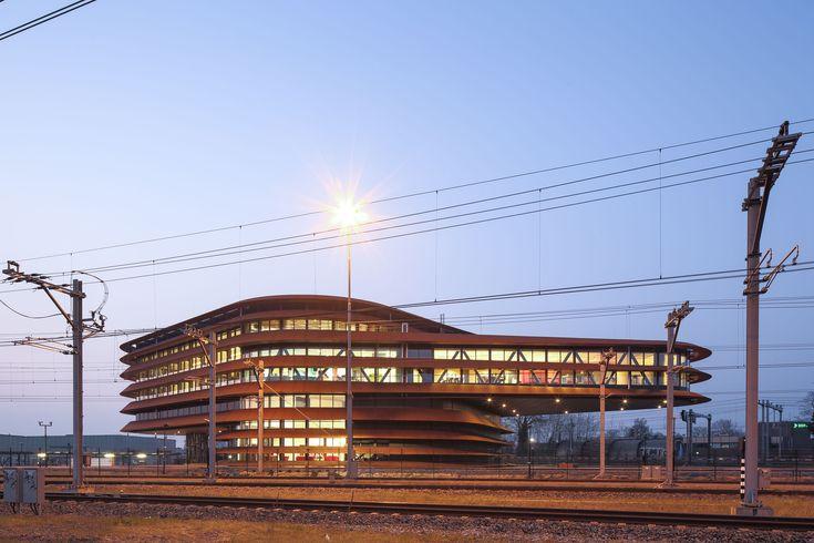 Train Control Centre Utrecht / de Jong Gortemaker Algra