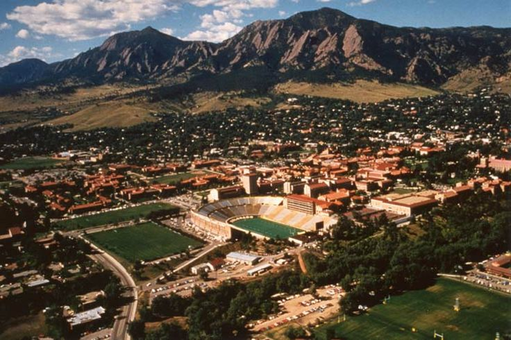 My old stomping ground... Breath taking Boulder, Colorado... Just to see how much has changed....