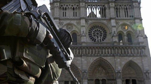 Europol: Ποιες χώρες βρίσκονται στο στόχαστρο των τρομοκρατών: Λίγο πριν τον εορτασμό των Χριστουγέννων η Γερμανία βυθίστηκε στο πένθος…
