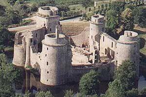 Chateau de La Hunaudaye Bretagne Cotes d'Armor