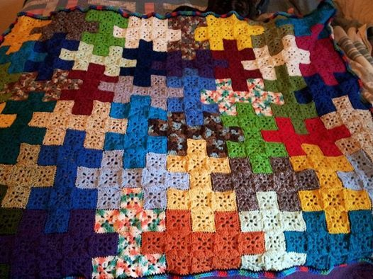Jigsaw Blanket Knitting Pattern : 11 curated battaniye ideas by akutemir Free pattern, Back to and Granny squ...