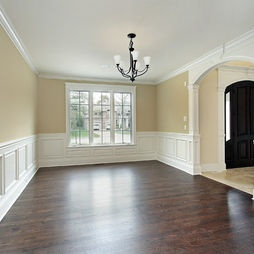 Traditional Dining Room Wainscoting Design,