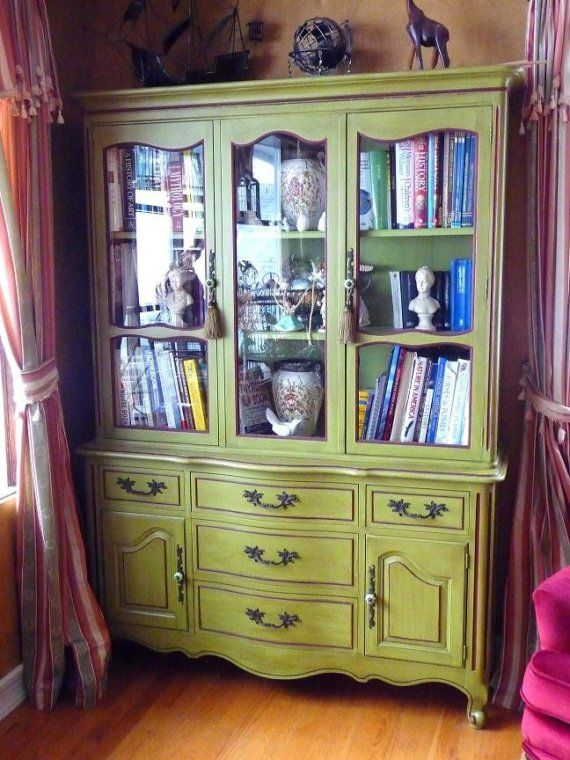 Beautiful Vintage China Cabinet - I have this exact cabinet.  Time to consider painting it :-)