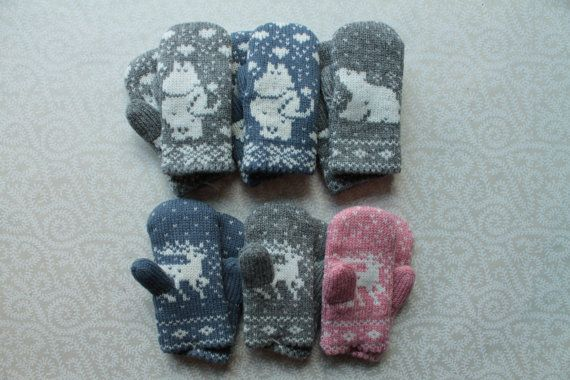 Adorable hand-made children mittens (size 2)