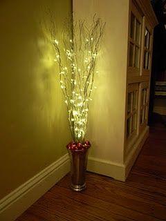DIY Easy Christmas decoration for corners. Vase, Sticks, spray paint, ornaments, lights.: