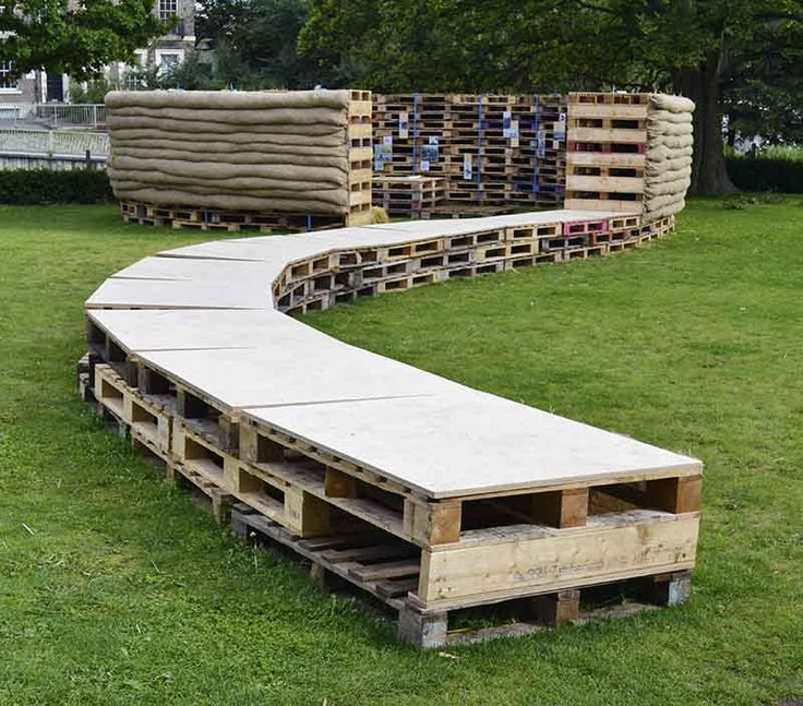 Student Built Recycled Pallet Pavilion Connects
