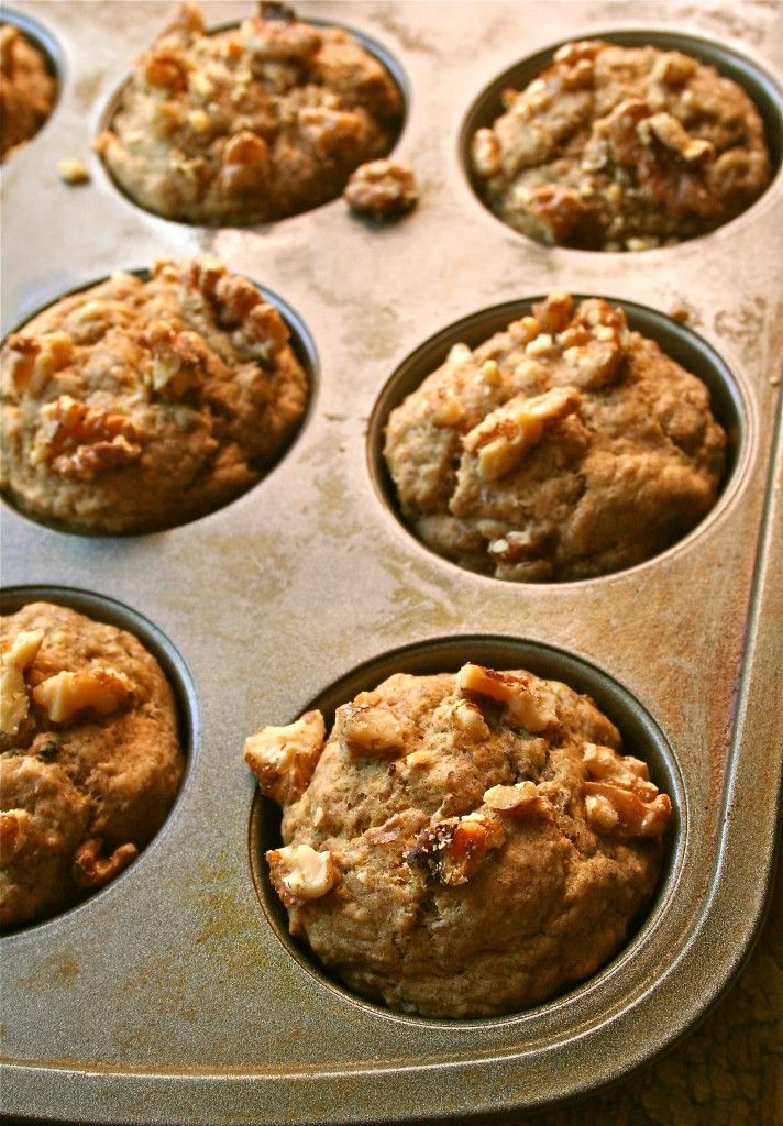 Banana Flaxseed Muffins (why I believe in eating breakfast) | Anecdotes and Apple Cores