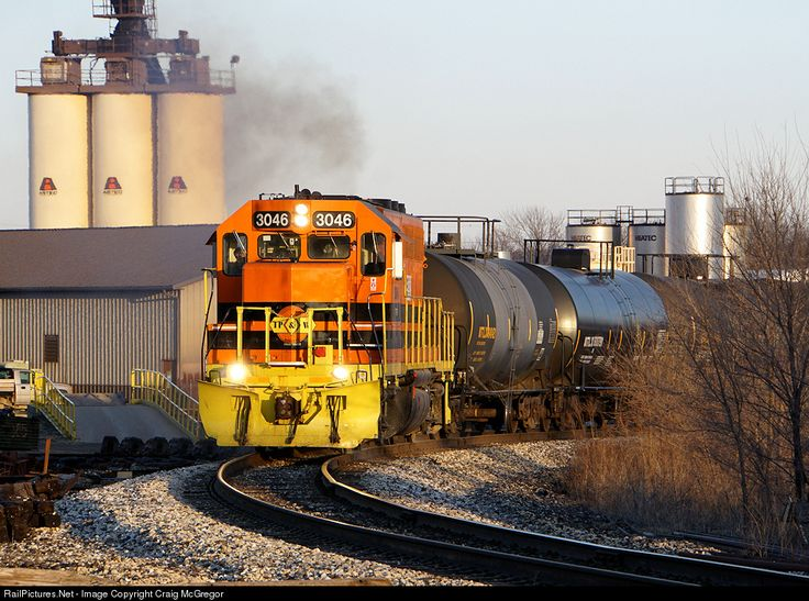 RailPictures.Net Photo: TPW 3046 Toledo, Peoria & Western EMD GP40-2 at Peoria, Illinois by Craig McGregor