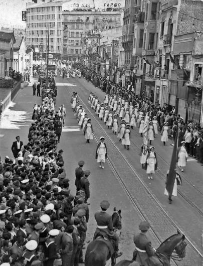 İstiklal Caddesi 1930