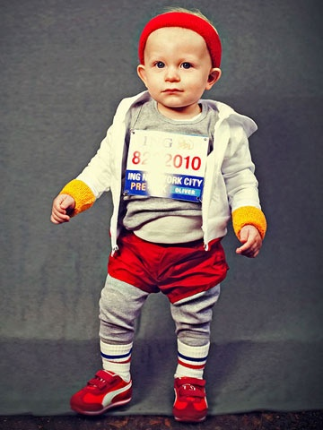 Have a future sports star in the family? Try this Mini Marathoner #costume! www.parents.com/holiday/halloween/costumes/homemade-kids-halloween-costumes/?socsrc=pmmpin100212HWCMiniMarathoner#page=2