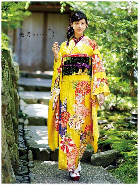 Mizuki Yamamoto/山本美月 Kimono Furisode/着物 振袖
