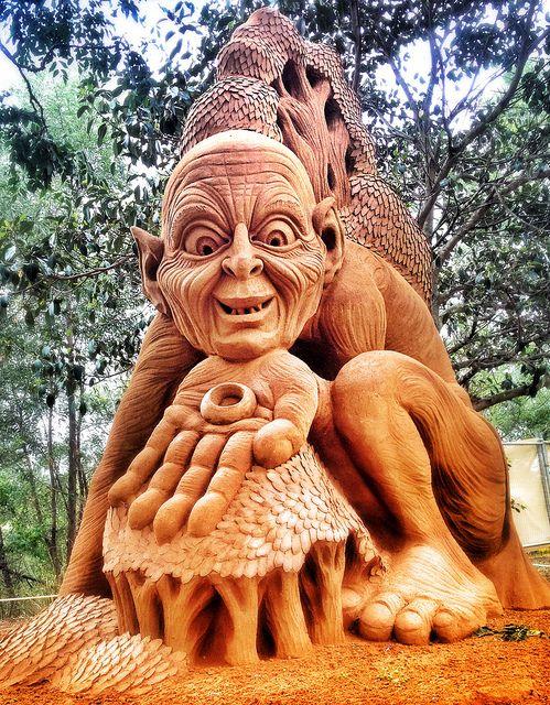 Gollum | Flickr - Photo Sharing!   Winsor Australia Sand art