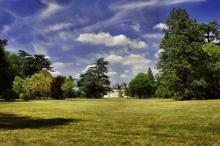 Chaumont - pięknie położony zamek, z rozległym parkiem i festiwalem ogrodów, który corocznie zmienia swój artystyczny przekaz. Królewska wyprawa poprzez historię i artysyczną przyrodę.