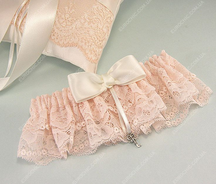 Подвязка невесты Sweety пудровая