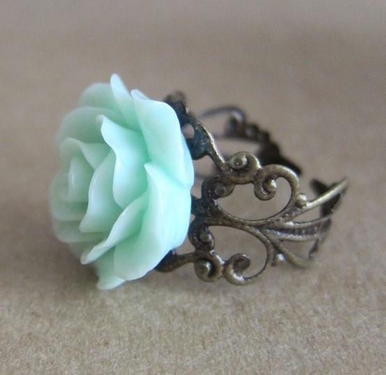 mint floral ring LOOOOVEEE