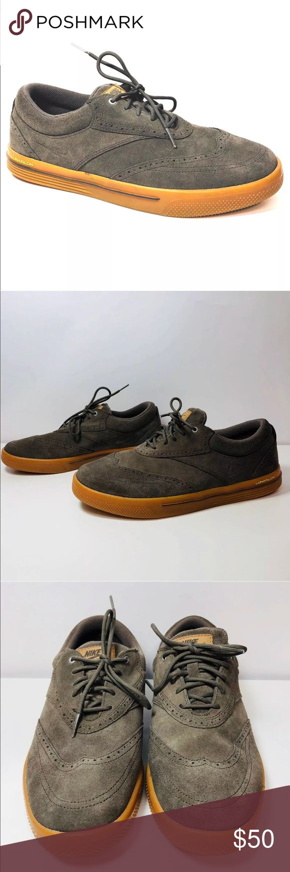 Nike Lunar Swingtip Suede SD GolfShoes  Ridgerock Thanks for stopping by!!!  Item: Nike Lunar Swingtip Suede SD Mens Golf Shoes 533094-200 Ridgerock Size 9 EUC  Condition: In excellent used condition.  Please refer to images for more details about this it