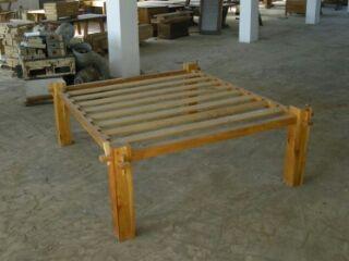 Letti-in-legno-massiccio-di-castagno-giuntati-ed-inzeppati.jpeg