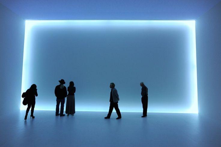 Phenomenal: California Light, Space, Surface / Doug Wheeler, DW 68 VEN MCASD 11