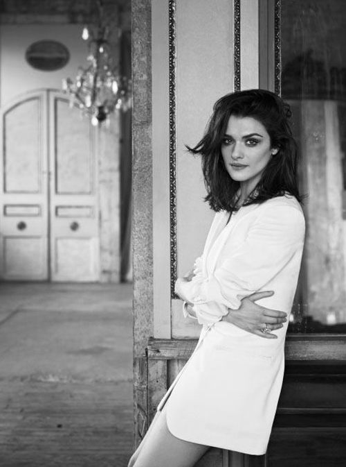 rachel weisz.. composition and contrast