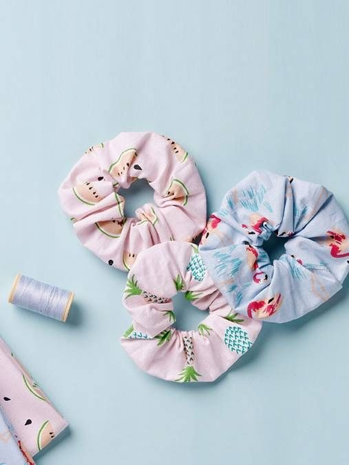 Burda style, playful hair ties – the accessory for the school, hair high! So every day becomes a good-hair-day: The sweet hair gums made of fabric …