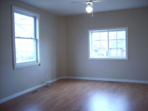ALL INCLUSIVE!!! Nice, bright and clean 1 Bedroom Apartment Belleville Belleville Area image 1