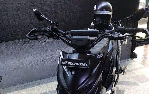 Galeri Foto Honda Beat Street dengan Accessories 2