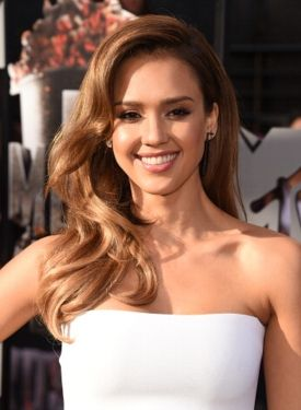 EXCLUSIVE: JESSICA ALBA'S STYLIST DISHES ON HER GLAM HAIRDO AT THE MTV MOVIE AWARDS! | Davey Newkirk
